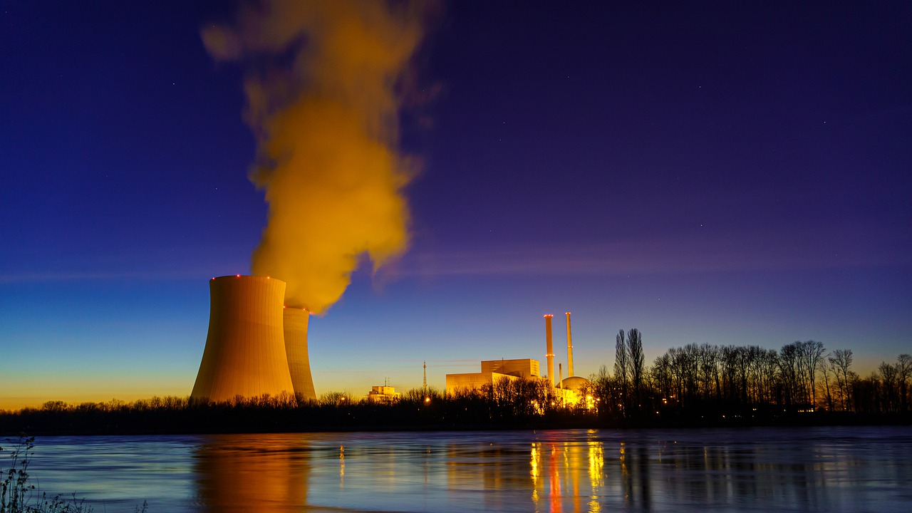 The role of nuclear energy in the European decarbonization path
